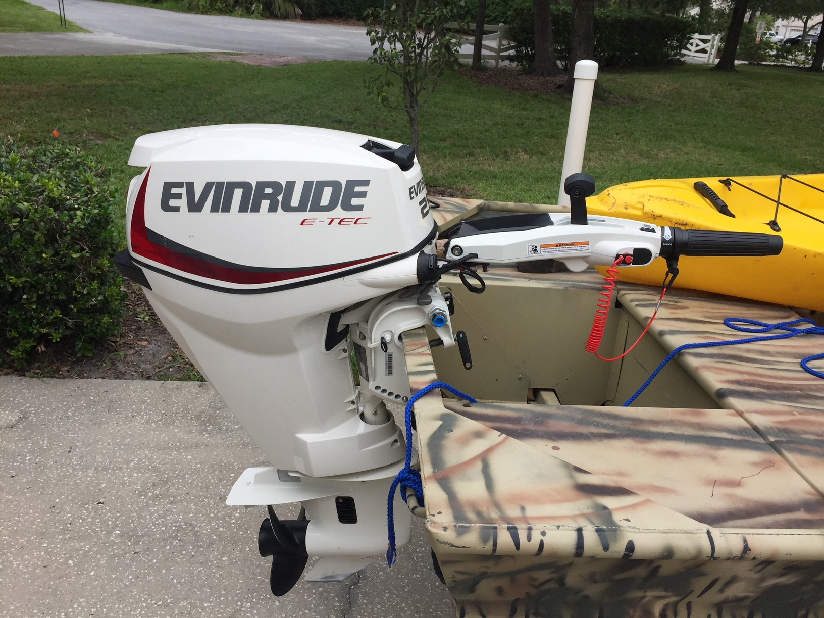 Evinrude 25 Hp >> Evinrude 25hp Barely Used Fore Sale 2 500 Microskiff Dedicated